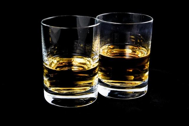 skleničky se slivovicí