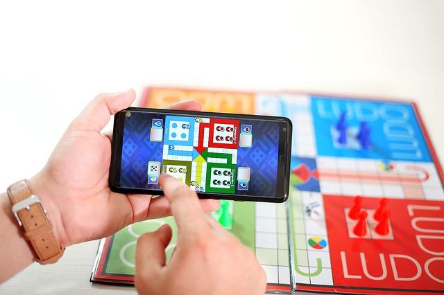 Mobilní hra