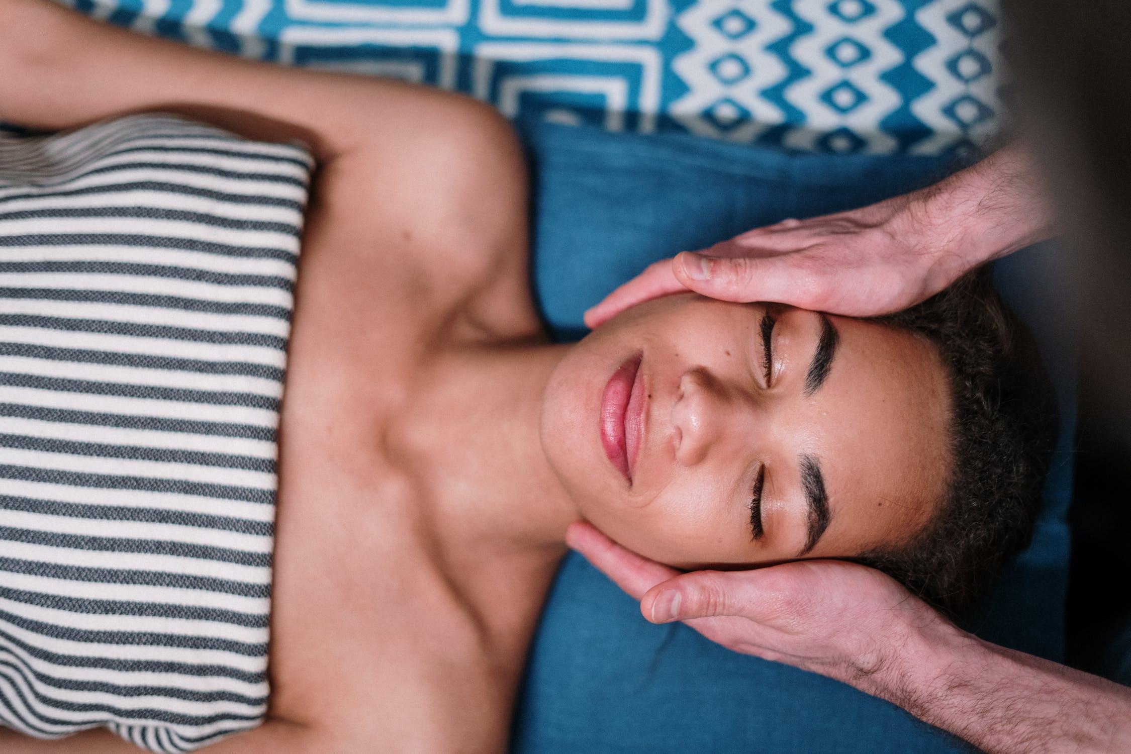 masáž oblič